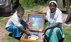 A solar cooker is simple enough to make at home.
