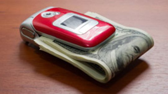 5 Ways to Save Money on Your Cell Phone Bill