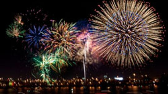 Top 5 Coolest Places to See Fireworks
