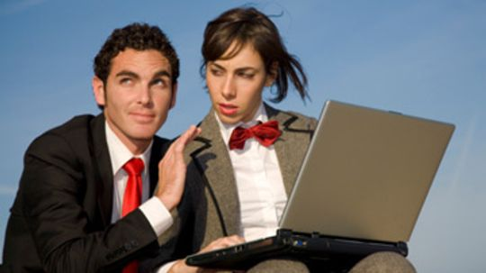 5 Reasons to Friend Your Boss on Facebook