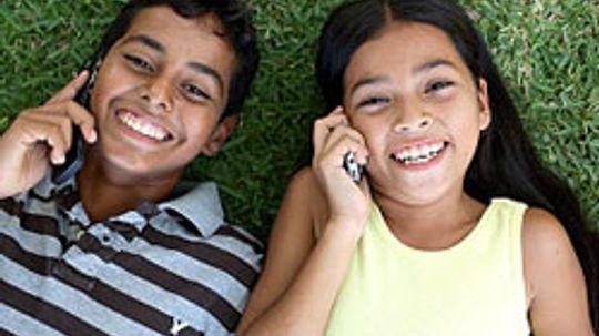 """5种方法可以让孩子们脱掉手机""""border="""