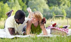 A picnic is an inexpensive way to have a lot of fun.